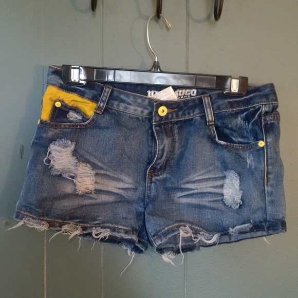 Parasuco denim shorts